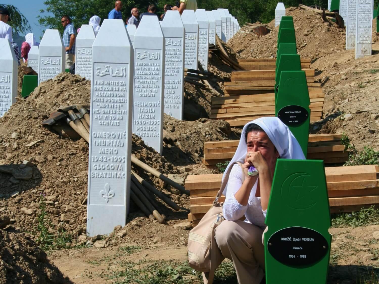 17. rocznica masakry w Srebrenicy