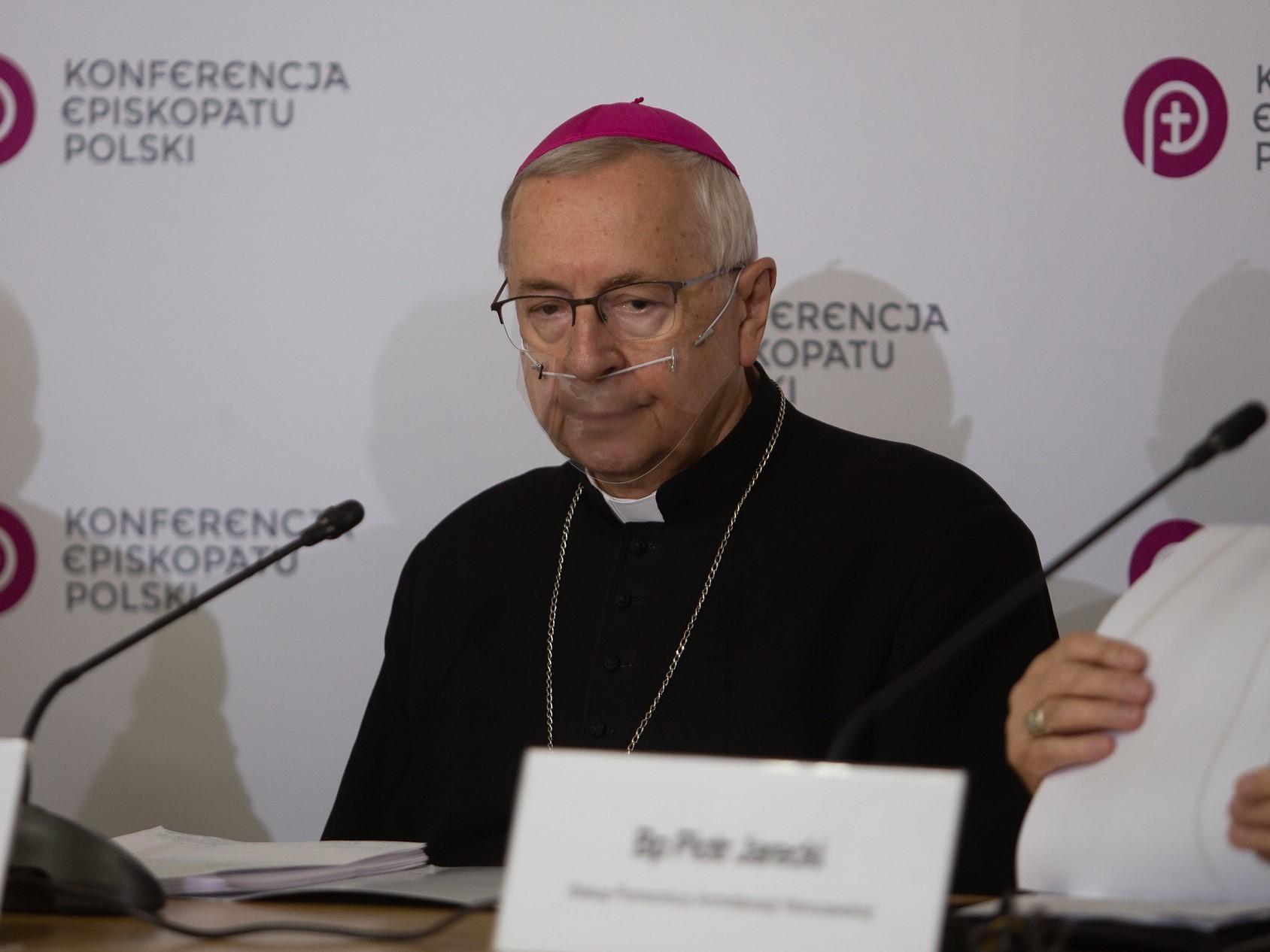 Abp Gądecki: Przemocą odebrano prawo do wyznawania wiary