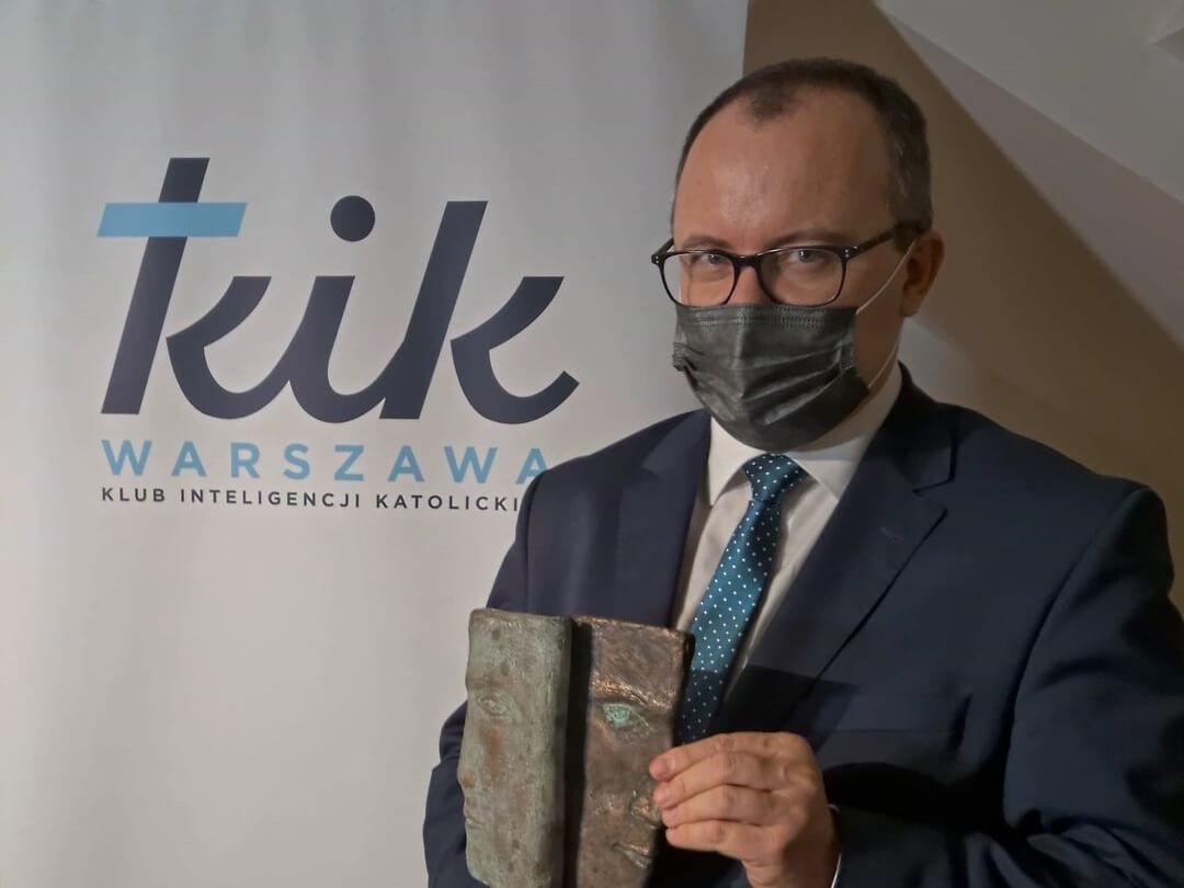 """Adam Bodnar otrzymał Nagrodę """"Pontifici – Budowniczemu mostów"""""""