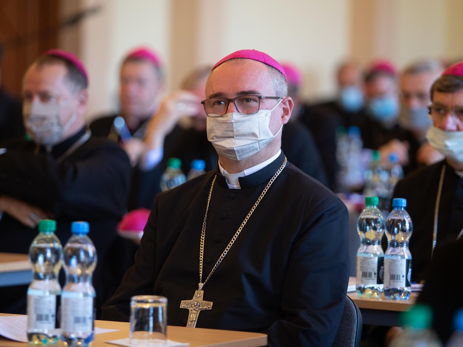 Obrady episkopatu 5-6 października w Łodzi i Pabianicach