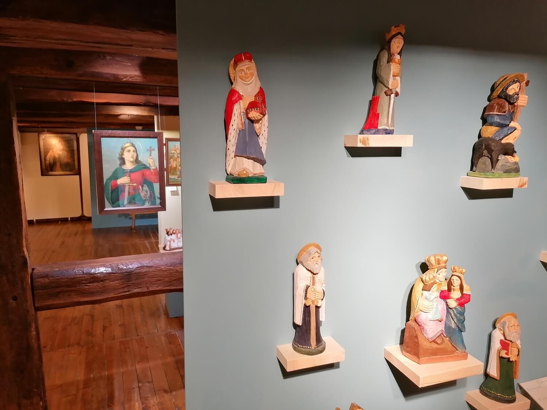 Wystawa Ziemscy – Niebiescy
